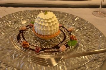 デザートのケーキ、見た目がなんともいえなくキュート!